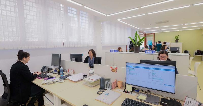 Oficines del Centre de Serveis per a l'Ocupació Rosa Luxemburg de Gavà.